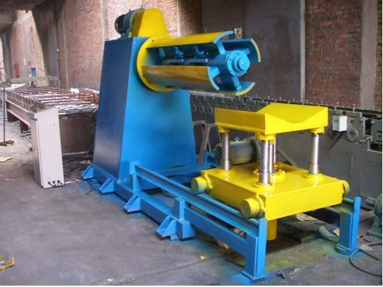 hydraulic decoiler