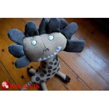 OEM diseño jirafa tela para juguete suave