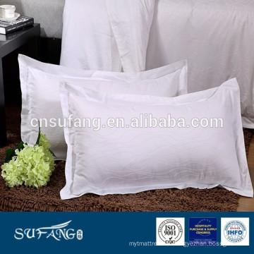 Housse de taie d'oreiller jacquard d'ondulation d'hôtel blanc