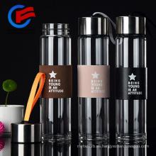 Botella de vidrio para beber con manga Vidrio de té con filtro BAP Free 450ml
