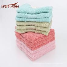 Toalla grande popular del paño del satén de la toalla de baño de 650gsm / toalla de encargo del engranaje del satén del tamaño de algodón