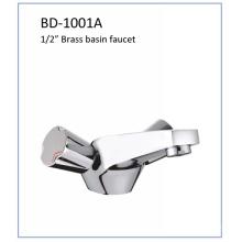 Bd1001A Double Knobs Brass Lavatory Faucet
