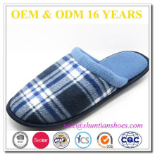 Wholesale winter warm check plaid indoor polar fleece man slipper