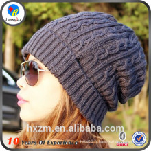 Bonnets de tricot personnalisés simples et peu coûteux