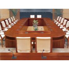 Grande table de conférence en forme de bateau ovale
