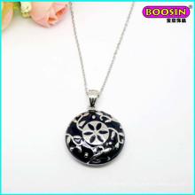 High Quality Wholesale Nice Enamel 3D Round Pendant Necklace