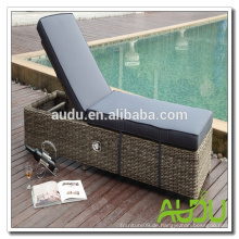 Audu Detroit Patio Outdoor Wicker Lounger
