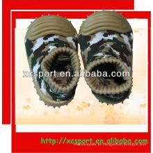 Sola de borracha macia bebê meias sapatos