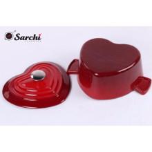 Casserole de coeur en fonte émaillée avec couvercle de cuisine