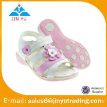 Nouveaux modèles sandales plates pour fille 2015
