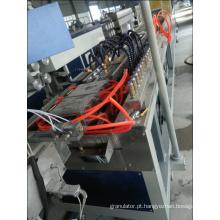 Linha de extrusora de produção de perfil de piso WPC