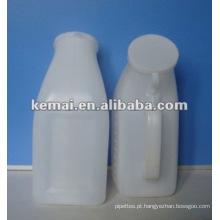 Urinol de plástico
