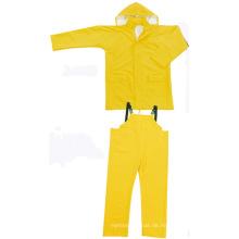 Gelbe Farbe PVC / Polyester Wasserdichtes zweiteiliges Rainsuit
