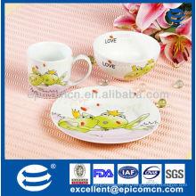 Fábrica de porcelana de porcelana 3pcs dinnerware para crianças com cartoon rã decoração