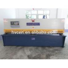 Machine de cisaillement hydraulique / machine à découper les métaux