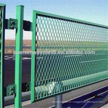 Venta caliente PVC recubierto de metal expandido valla fabricante utilizado en la estación de embalaje