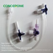 Tubo de extensión de fluido IV con conector de tres vías (llave de paso de tres vías)