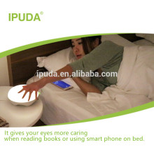 2017 innovative led lighting IPUDA bedroom end table lamps with fast charging outlets motion sensor