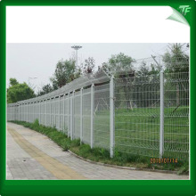 Galvanized peach shaped fence