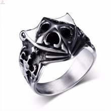 New design wholesale vintage mens silver shield cross rings