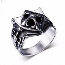 Novo design atacado mens vintage prata escudo cruz anéis