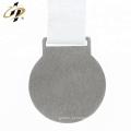 Costume próprio projeto maratona esportes medalha com fita