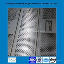 Chine direct usine top qualité iso9001 oem personnalisé en aluminium perforé feuille