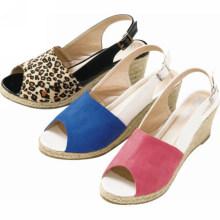 2014 deslizadores à moda do projeto da venda quente As sapatas as mais atrasadas confortáveis das senhoras do projeto calçam sapatas das sandálias dos deslizadores