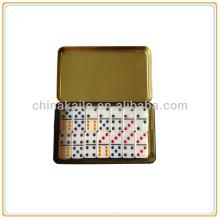 Conjunto de dominó com caixa de ferro / caixa de lata