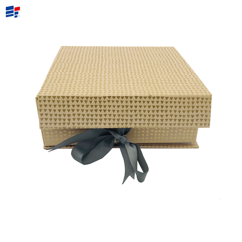 Exquisite paper box with ribbon