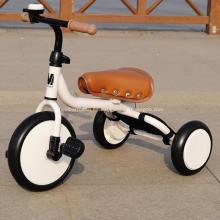 Los niños juguetes 3 rueda el triciclo del bebé