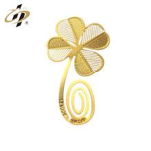 Nuevos productos de diseño decoración de la boda ahuecar marcador de metal de oro personalizado de metal