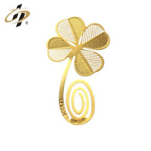 Nouveaux produits de conception décoration de mariage évider en laiton personnalisé métal or signet