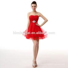 Vestido formal de noche formal rojo con hombros descubiertos y estilo español tradicional