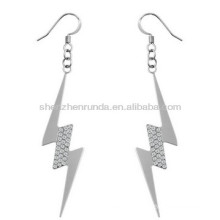 Boucles d'oreilles en forme de foudre en forme de foudre plaqué or 316L en acier inoxydable hypoallergénique bijoux pour femmes