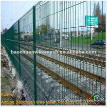 Heißer Verkauf grünes Puder beschichtetes geschweißtes 3D-Tafel-Eisenbahnzaun