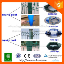 ISO9001 El polvo cubrió las abrazaderas de la cerca / el polvo cubrió las abrazaderas del poste de la cerca del metal