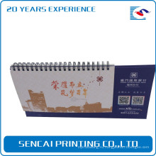 Бесплатные образцы Офсетная печать 2017 новый дизайн спираль бумаги пользовательские настольный календарь оптовая