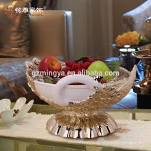 Venda quente de decoração de casa por atacado baixa MOQ decorativo de pavão de frutas de resina compota de material de resina