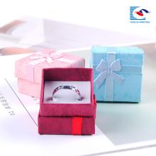 billige weiße Schmuckschatulle Hersteller Schmuck Geschenk-Boxen für Halsketten Großhandel