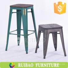 Дешевый металлический табурет Открытый металлический стул Vintage Industrial Metal Barstool
