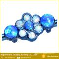 O azul cirúrgico de aço PVD anodizou 10 o gancho industrial sintético 38mm da flor dos opalas de fogo