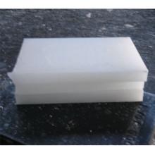 Высококачественный полностью очищенный парафиновый воск 58-60, используемый при изготовлении косметики и свечей