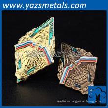 personalizado de alta calidad barato suave esmalte metal juego muebles insignia