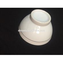 белая керамическая чаша с образца дизайн