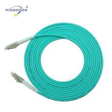 Puente de fibra óptica interior multi modo de LC / UPC OM3 proveedor de la fábrica de China de la chaqueta 2.0mm 3.0mm de PVC / LSZH