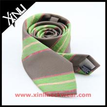 Chine fabricant en gros italien personnalisé mens cravates en soie
