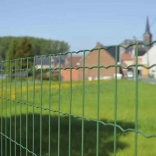 Dijual Hot Welded Euro Fence Roll