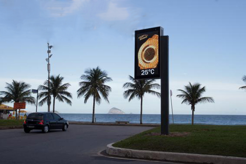 P6 High Resolution Smart Pole Billboard LED Display