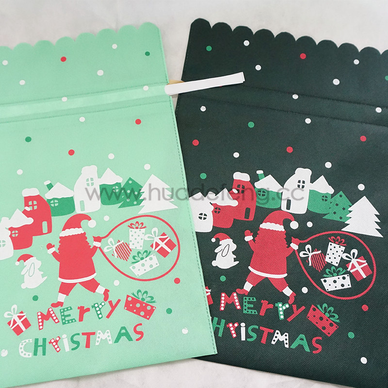 beautiful christmas gift bags